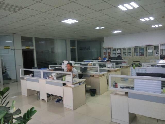 平湖辅城坳工业区一楼1400平米出租可分租