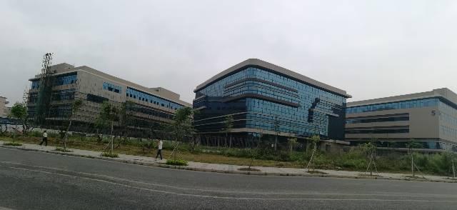 松山湖新出全新三栋三层45000平方高新产业园出租(可分租)