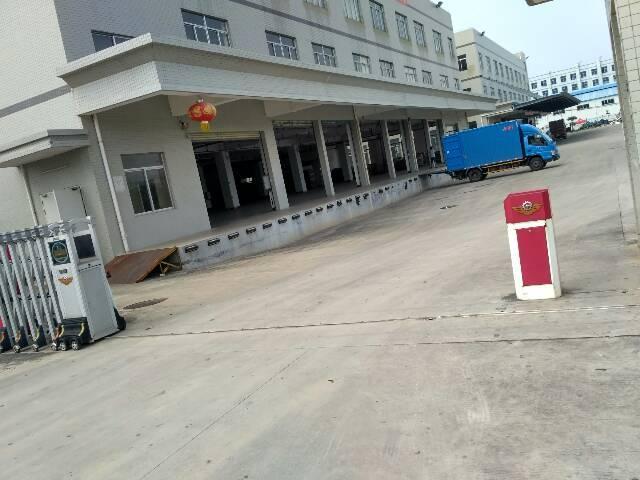 平湖富民工业区840平米厂房出租