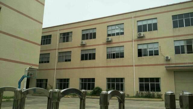 东城独门独院厂房,厂房1-4层約4600平方,宿舍1--4层