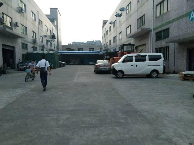 新木村村委附近2楼400平厂房分租