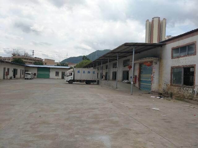 坪山沙湖社区新空出钢构厂房2300平米便宜出租