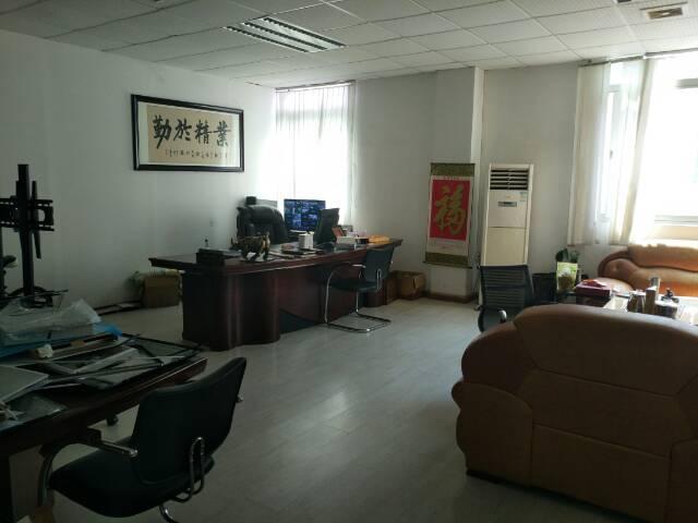 观澜新出楼上750平方带装修厂房出租-图4