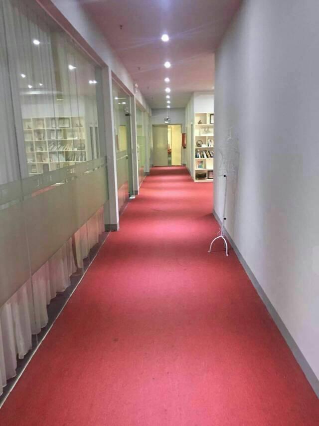 横岗地铁口新出精装修厂房1500平亿万先生-图5