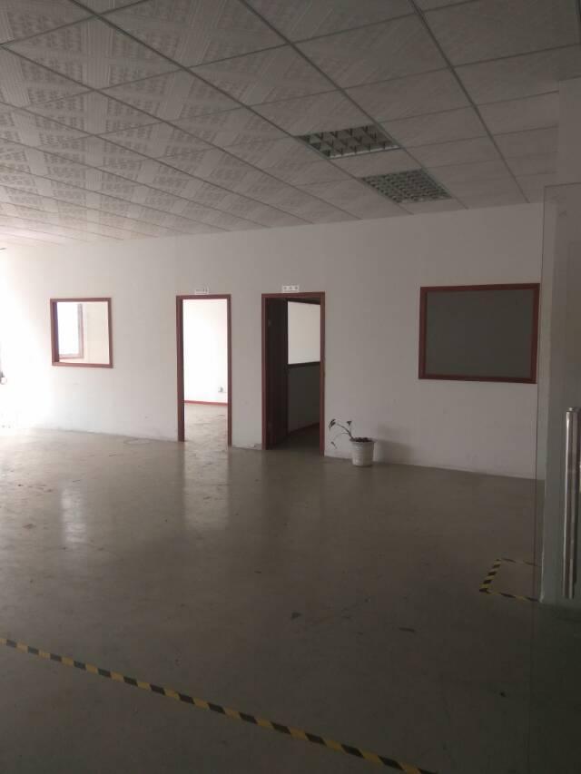 龙胜地铁口楼上整层带装修1200㎡厂房招租-图4