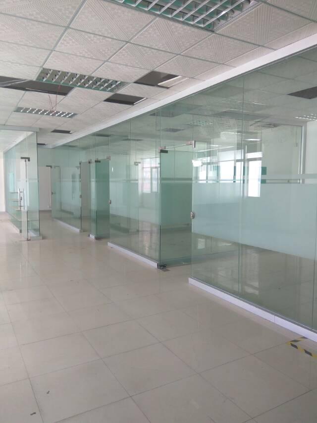 龙胜地铁口楼上整层带装修1200㎡厂房招租-图5