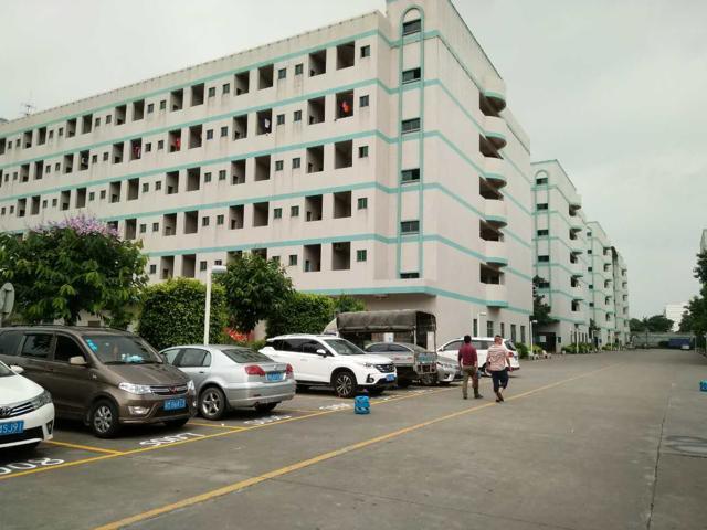 新出独院标准厂房15万平方招租