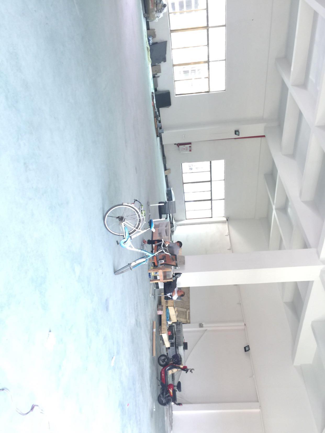 大朗佛新前一秒新出标准厂房分租1⃣️楼600平米水电齐全有办公室-图2