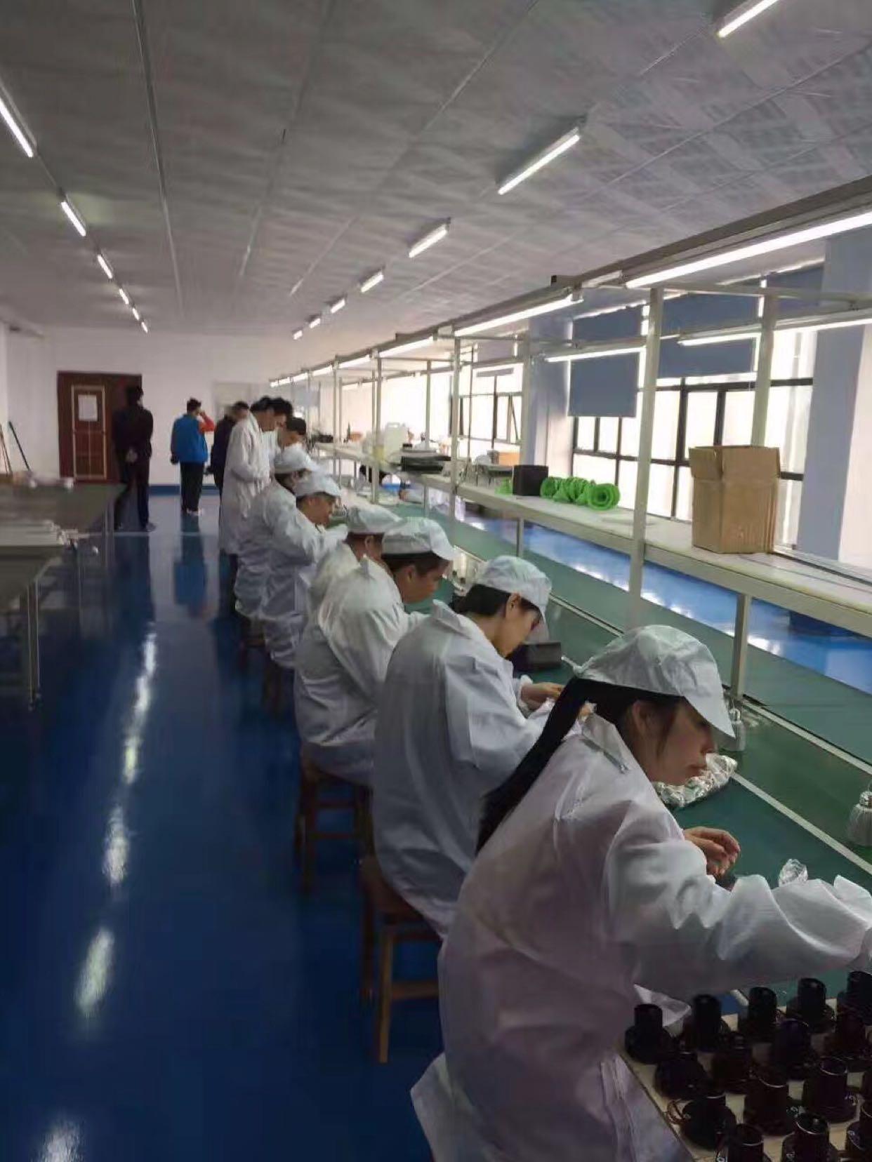 松岗龙大高速出口新出1680平米精装修厂房招租