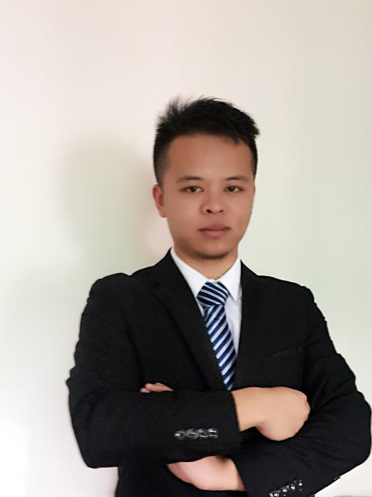 厂房经纪人吴周泰