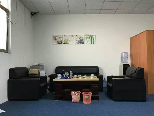 梅林关口新出250平方办公室出租,带装修