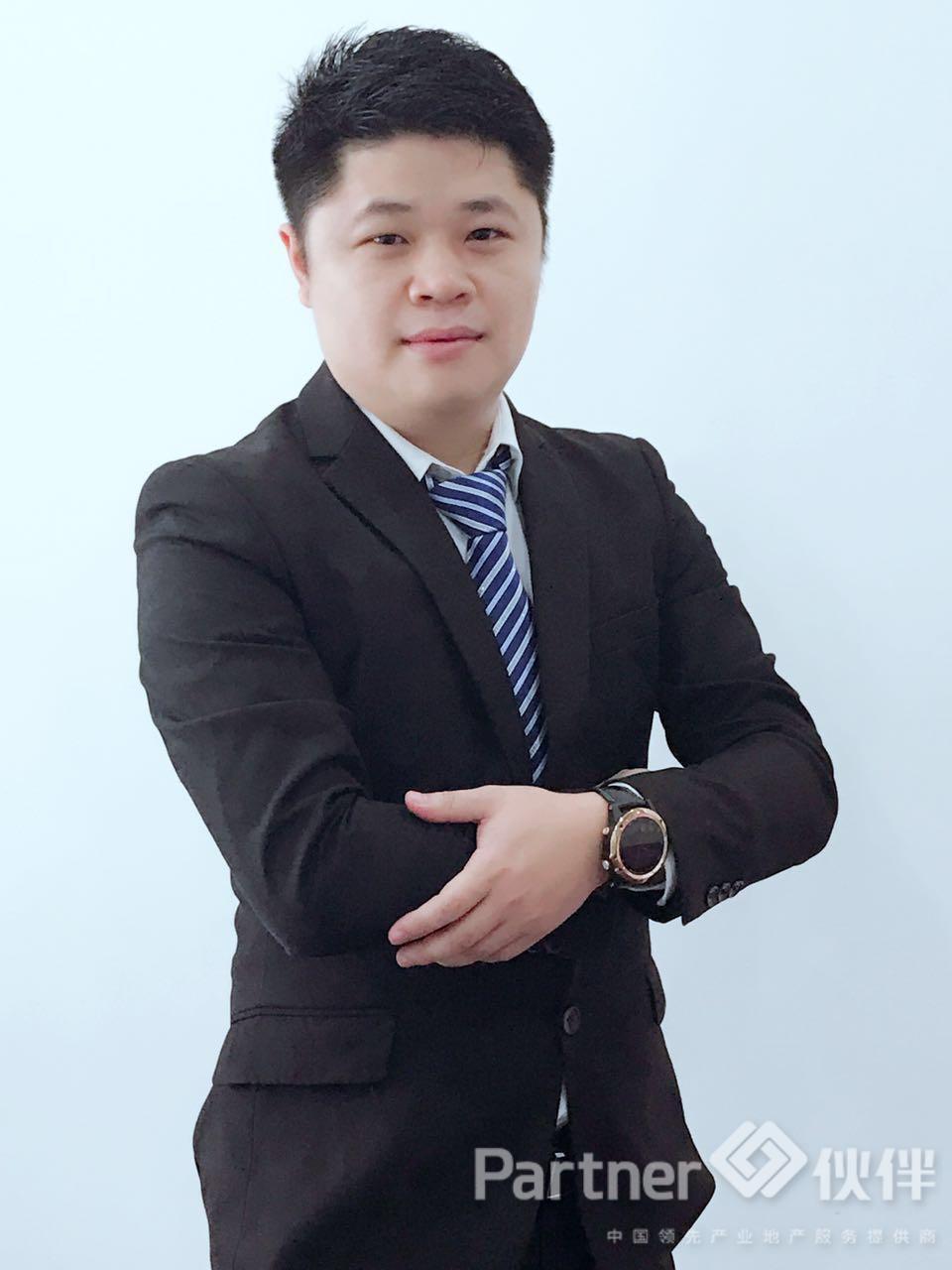 厂房经纪人卢清涛