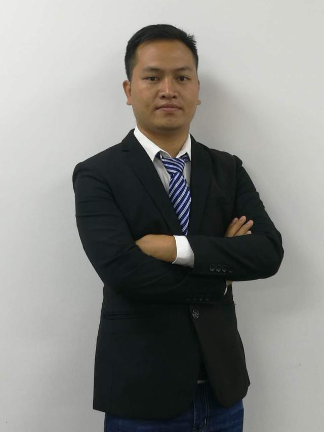 厂房经纪人朱俊奋