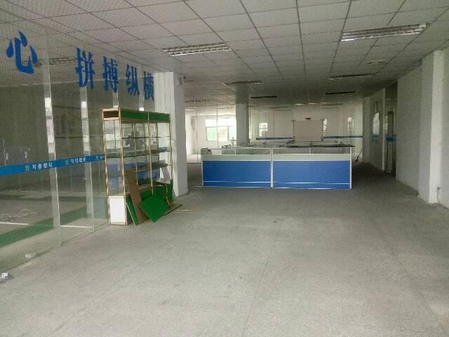 黄江精装修2楼厂房1500平急出租