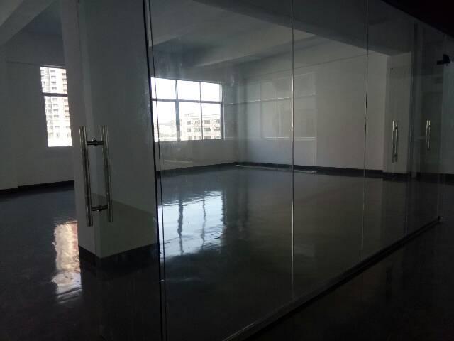横岗新出办公电商仓库