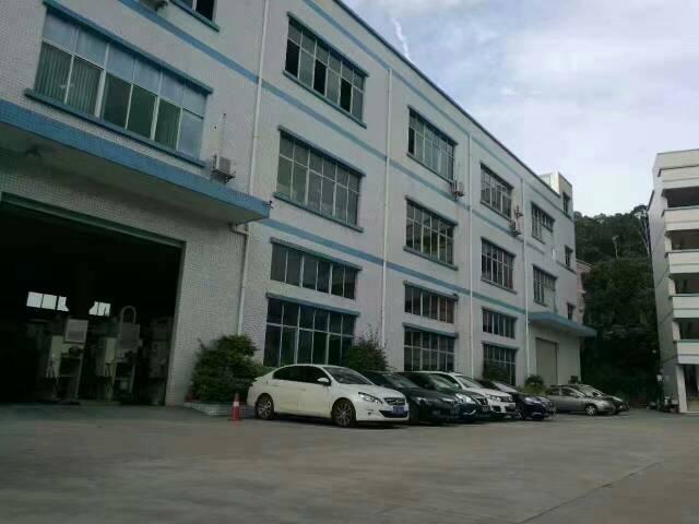 平湖汽车站临近清平高速出口处花园式一楼1380平方米厂房招租