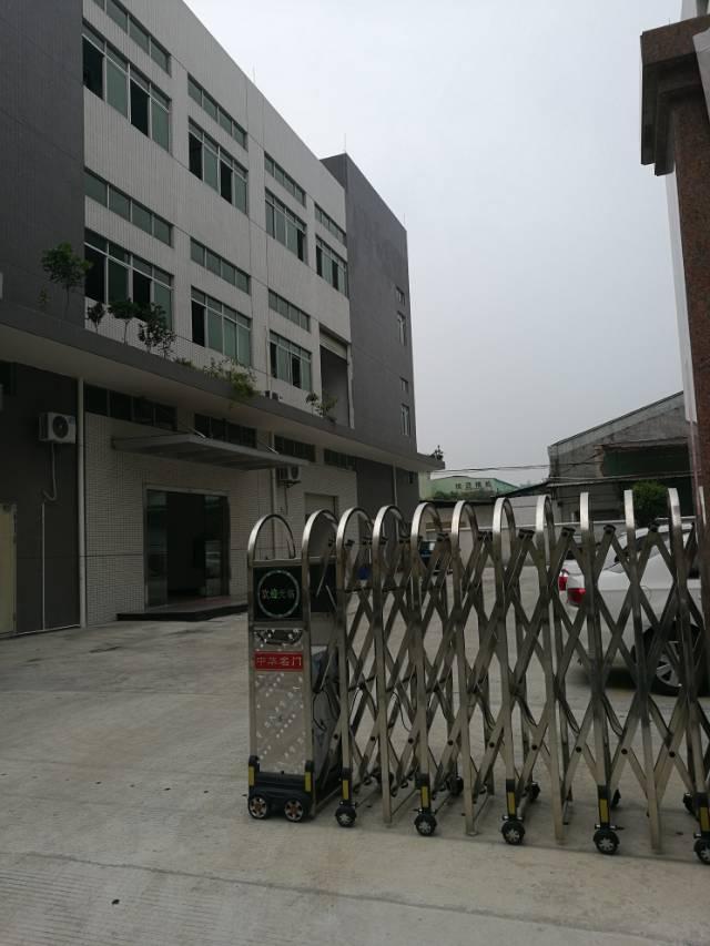 石碣新出全新独门独院标准厂房三楼1800㎡,形象超好。