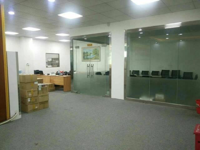 沙井新区带无尘车间装修汽车站附近楼上1000出租