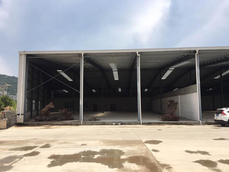 1500平滴水8米钢构厂房招租