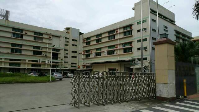 靓盘,松岗罗田广田路旁新出楼上一整层1900平米带装修厂房