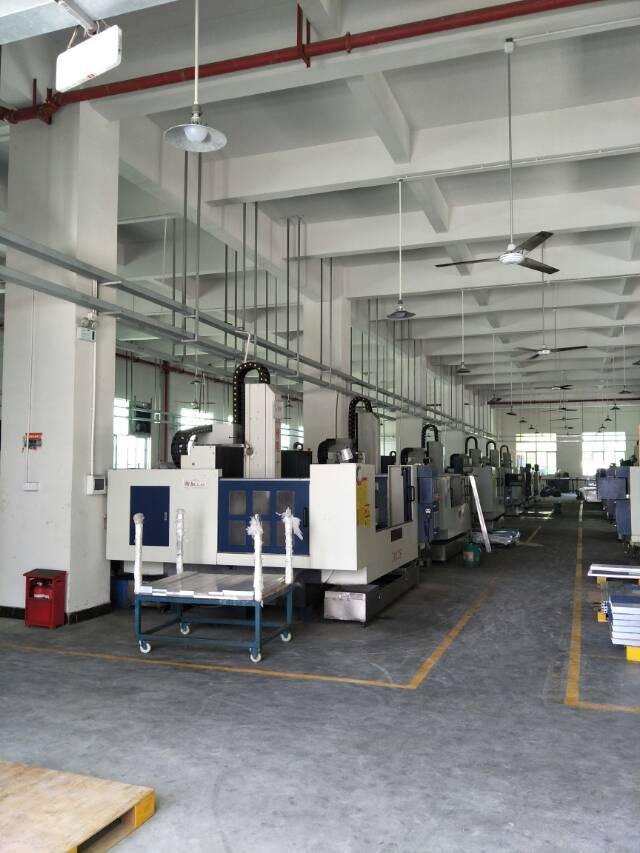 大岭山新出标准厂房1至2楼4200平米出租