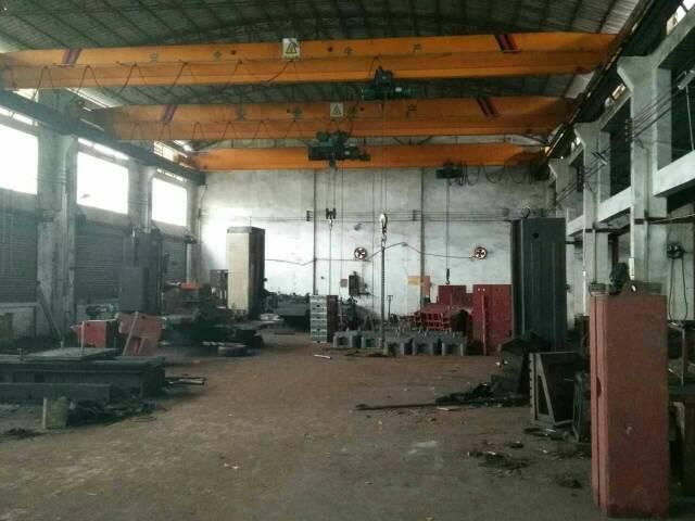 独院单一层钢构厂房2000平米出租
