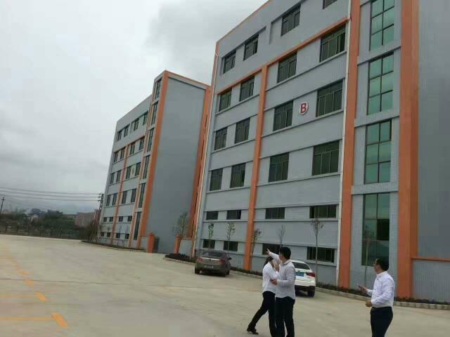 平湖华南城新木或良安田楼上2000平方米厂房招租