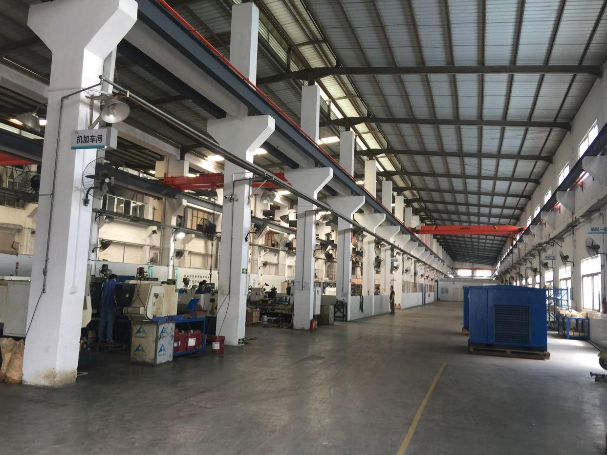 松岗单一层钢结构厂房7米高带牛腿2000平米