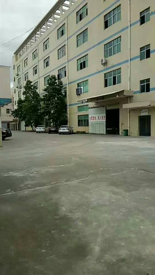 平湖清平高速出口辅城坳工业区高新园区带装修厂房招租
