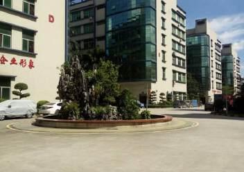 观澜大型工业园区原房东标准厂房三楼一整层出租1400平米。图片3