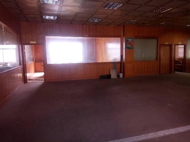 横岗厂房带精装办公室