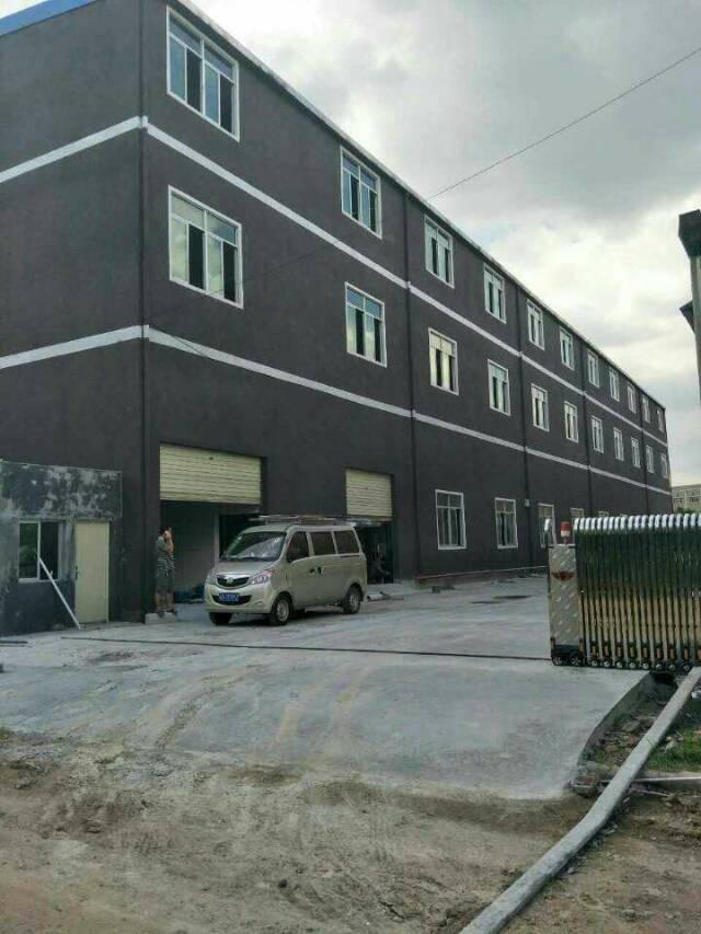 平湖华南城机菏高速出口独门独院4500平方米厂房招租