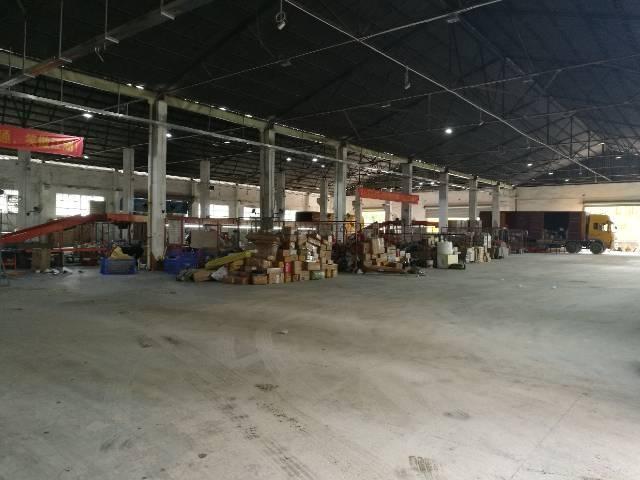 龙华中心区路边新出钢构5000平
