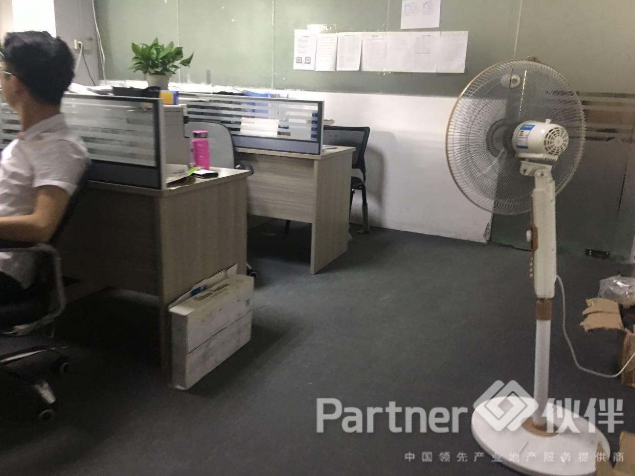 观澜黎光原房东750平方招租