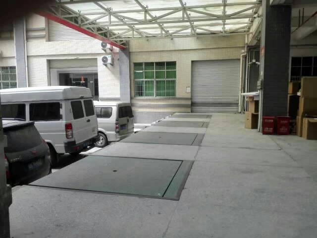 观澜福民新出楼上单层面积1000平米带装修亿万先生