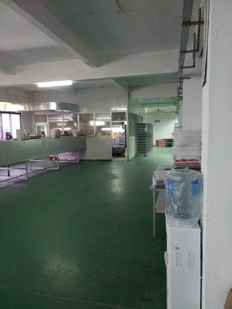 二楼1000平方带地板漆厂房出租