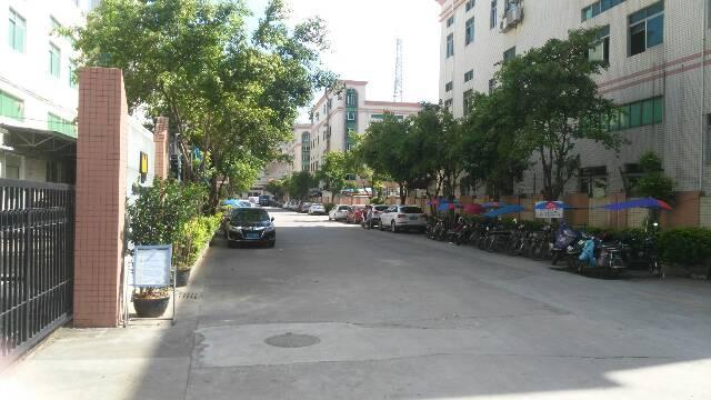 沙井共和原房东独院1-3层7000平米厂房出租