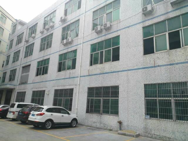 龙岗平湖富民工业区新出一二楼3800平方米