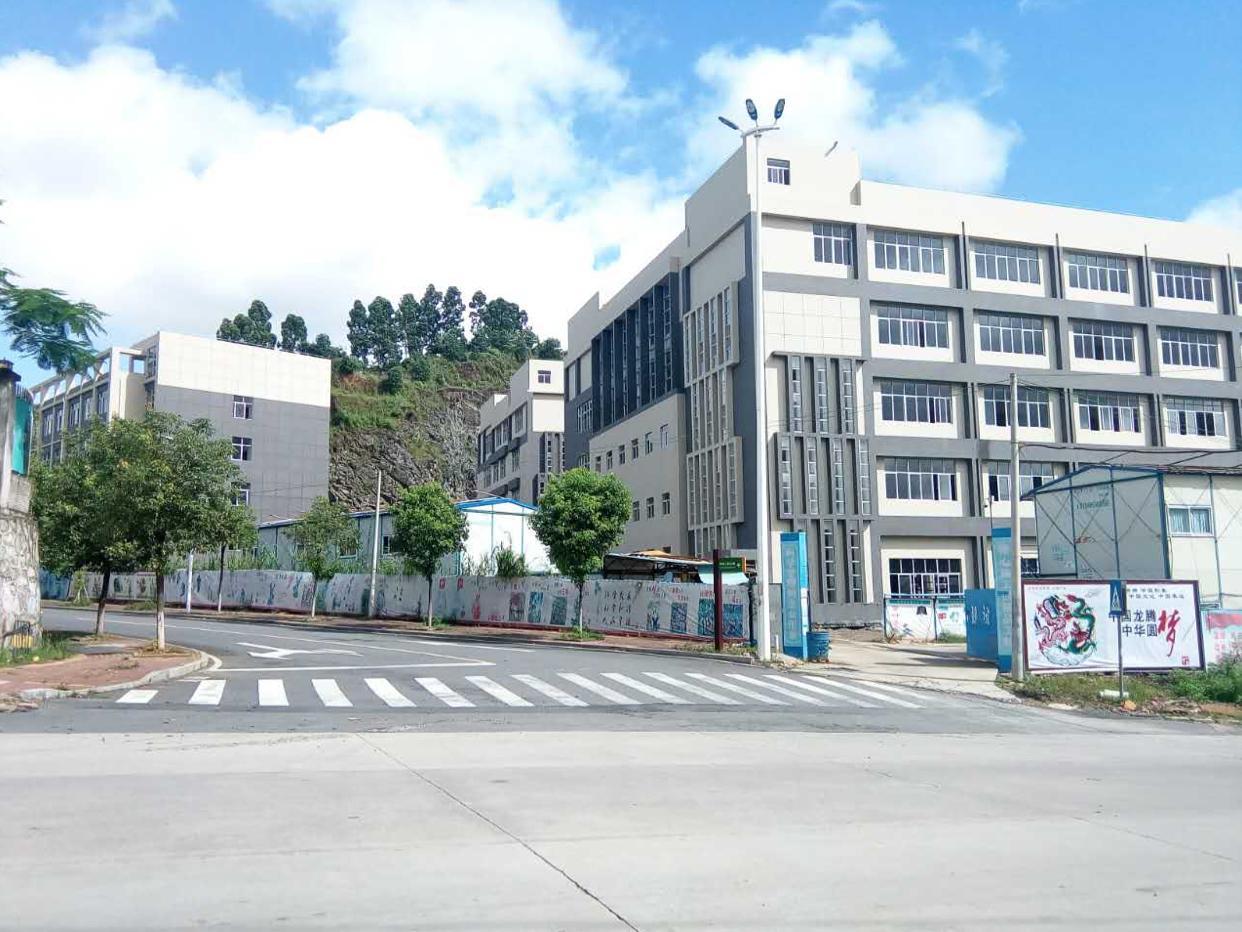 开发商全新新建独院厂房1-5层,共3栋合计35000平米