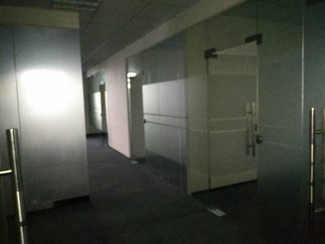 龙岗(南联)楼上1400平方精装修适合(办公贸易)