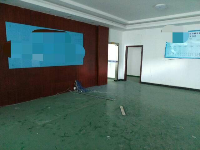 平湖原房东装修厂房1250出租