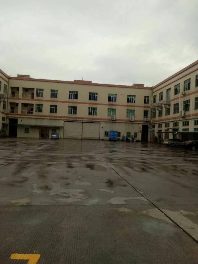 东莞火车站旁边成熟些型工业园区分租一楼3000平方带现成航车