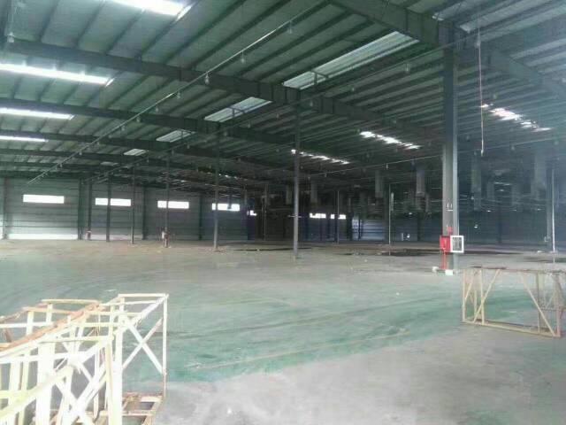 龙华梅观高速出口,,新出原房东独门独院做物流仓储的厂房,可做