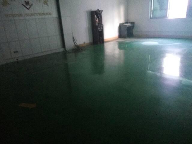 平湖上木古工业区一楼1000平方带装修厂房急租