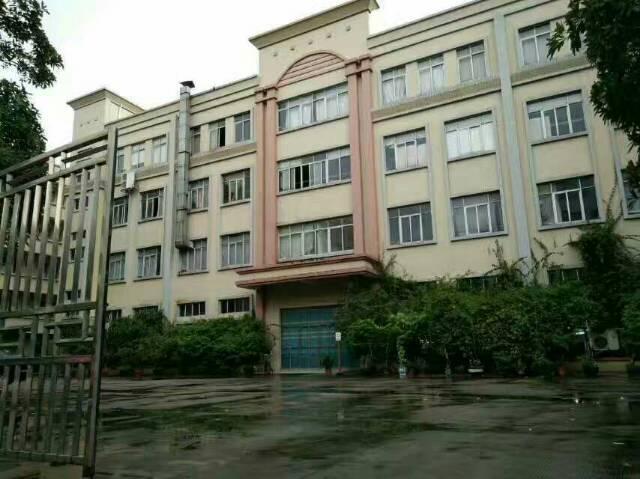 龙岗平湖原房东1400平方米带装修厂房招租
