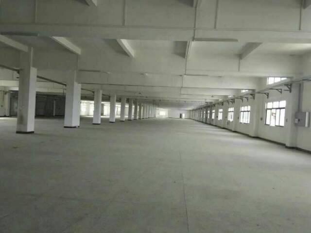 东莞市石龙火车站附近标准厂房分租二楼2680平方火爆招租