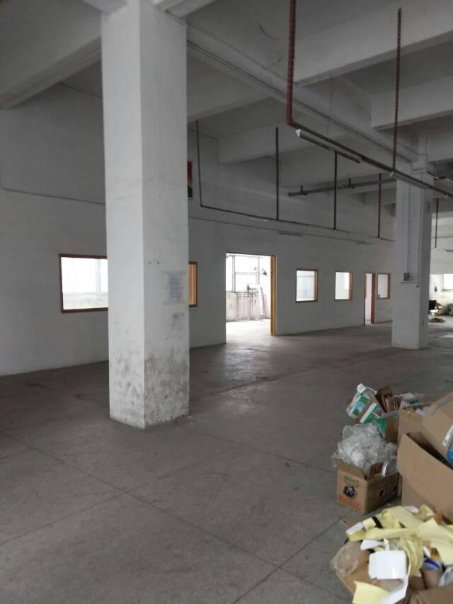 横岗精品厂房面积实在,原房东无公摊,带装修,200平方