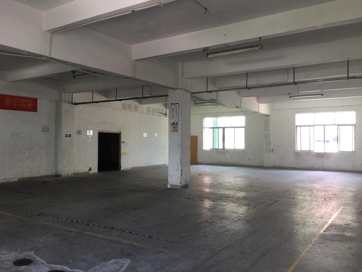 观澜桂花原房东850平三楼独层厂房招租