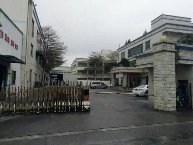 东莞市厚街镇现成服装厂厂房对外招租8000平方