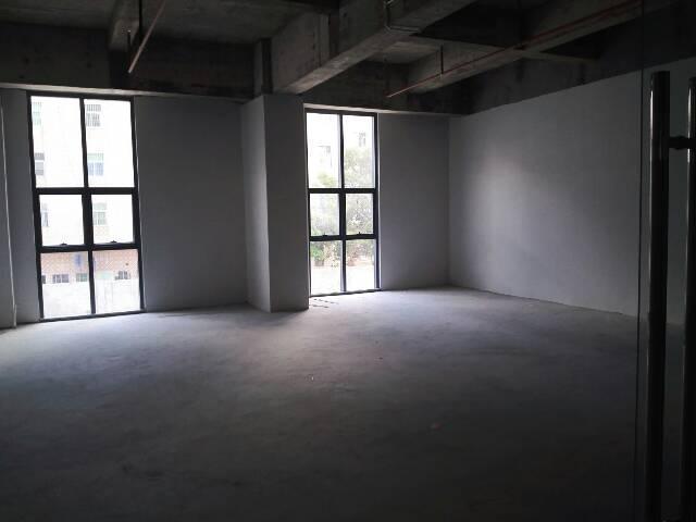 坑梓现成装修写字楼厂房300平米